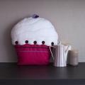 Dortík Muffin - dekorační polštářek  40x24x40cm