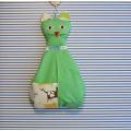 Závěsný kapsář Kočka - světle zelený