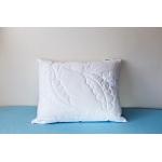 Luxusní polštář BOSTON 1,2 kg     <br />    zip pro snadné doplnění náplně